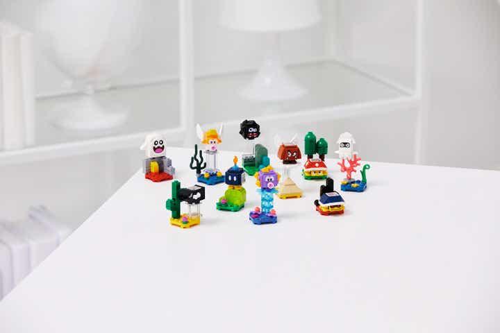 LEGO y Nintendo lanzan catálogo completo de juego LEGO Super Mario